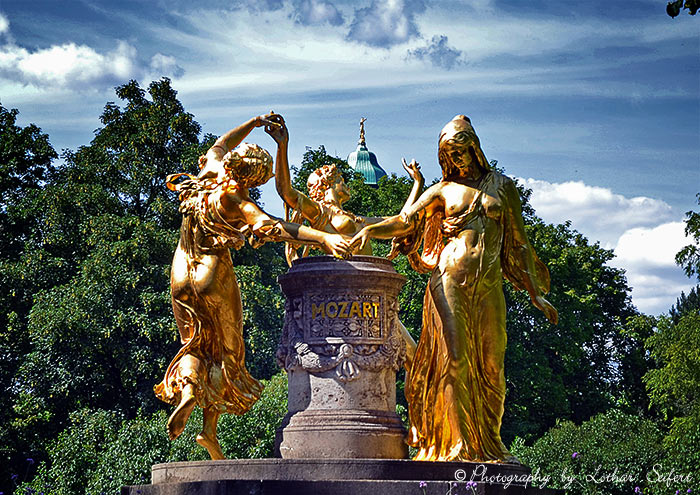 Greeting card Mozartdenkmal Buergerwiese